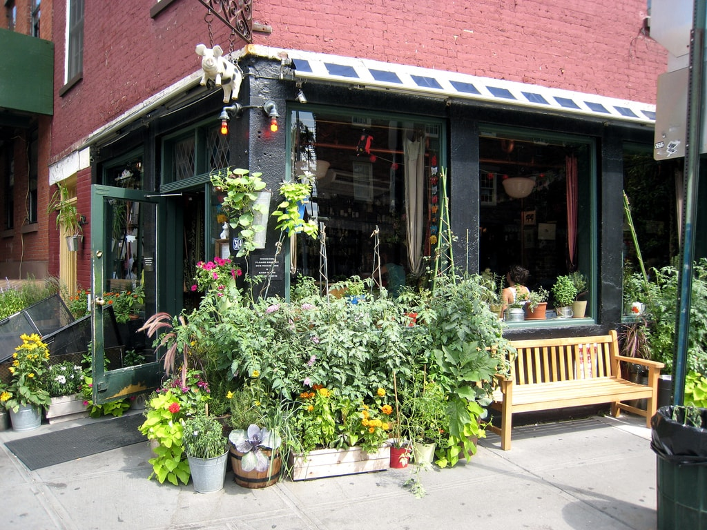 Best Neighborhoods For Foodies in New York City