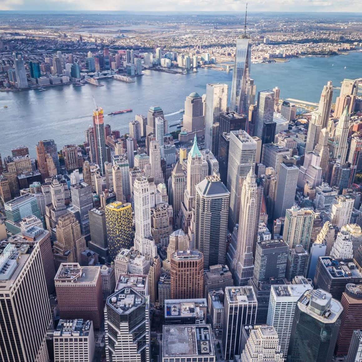 Pros and Cons of Living in New York City