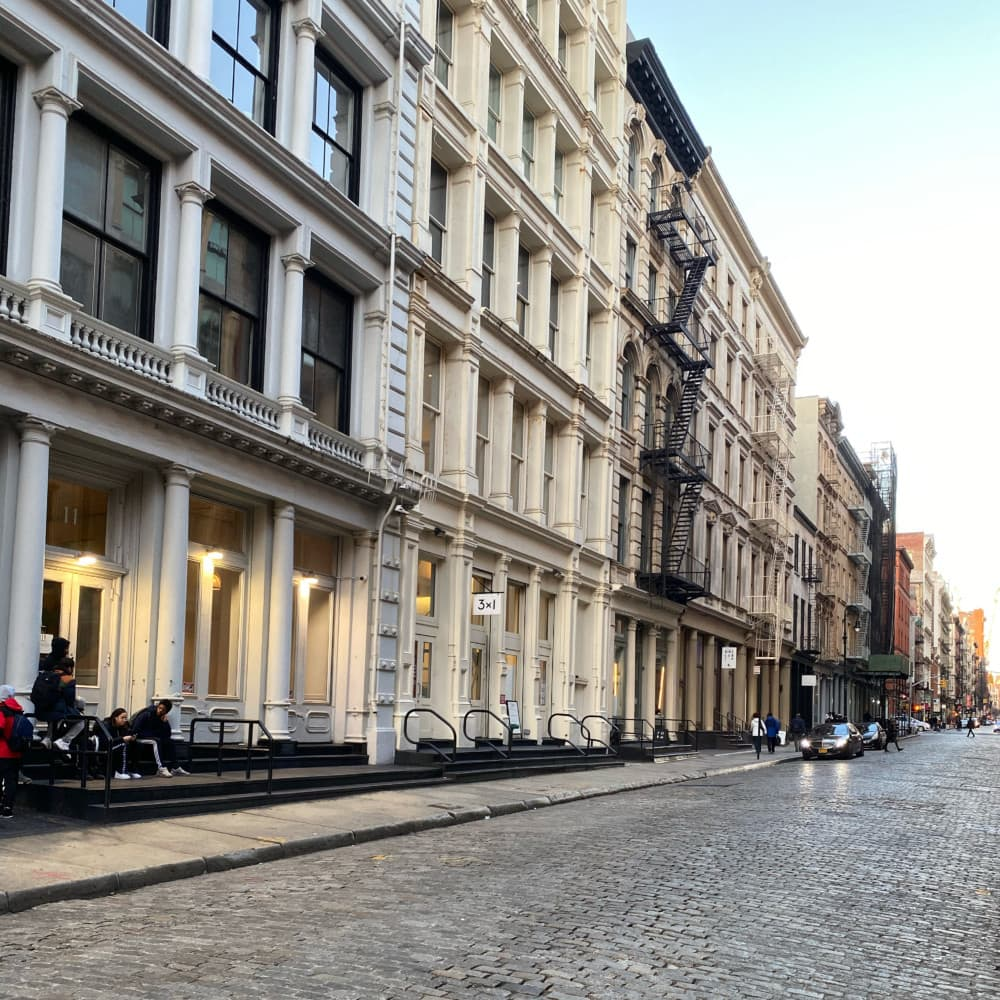 Choosing a Building to Live in New York City