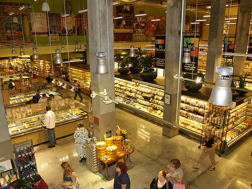 whole-foods-grocery-store