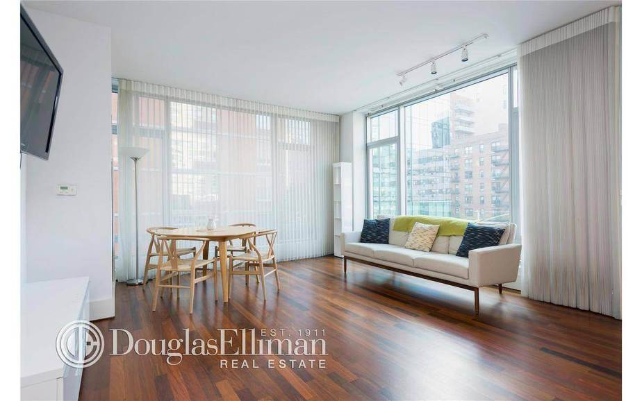 205 East 16th Street, Apt 3F