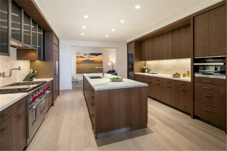 100 BARCLAY KITCHEN